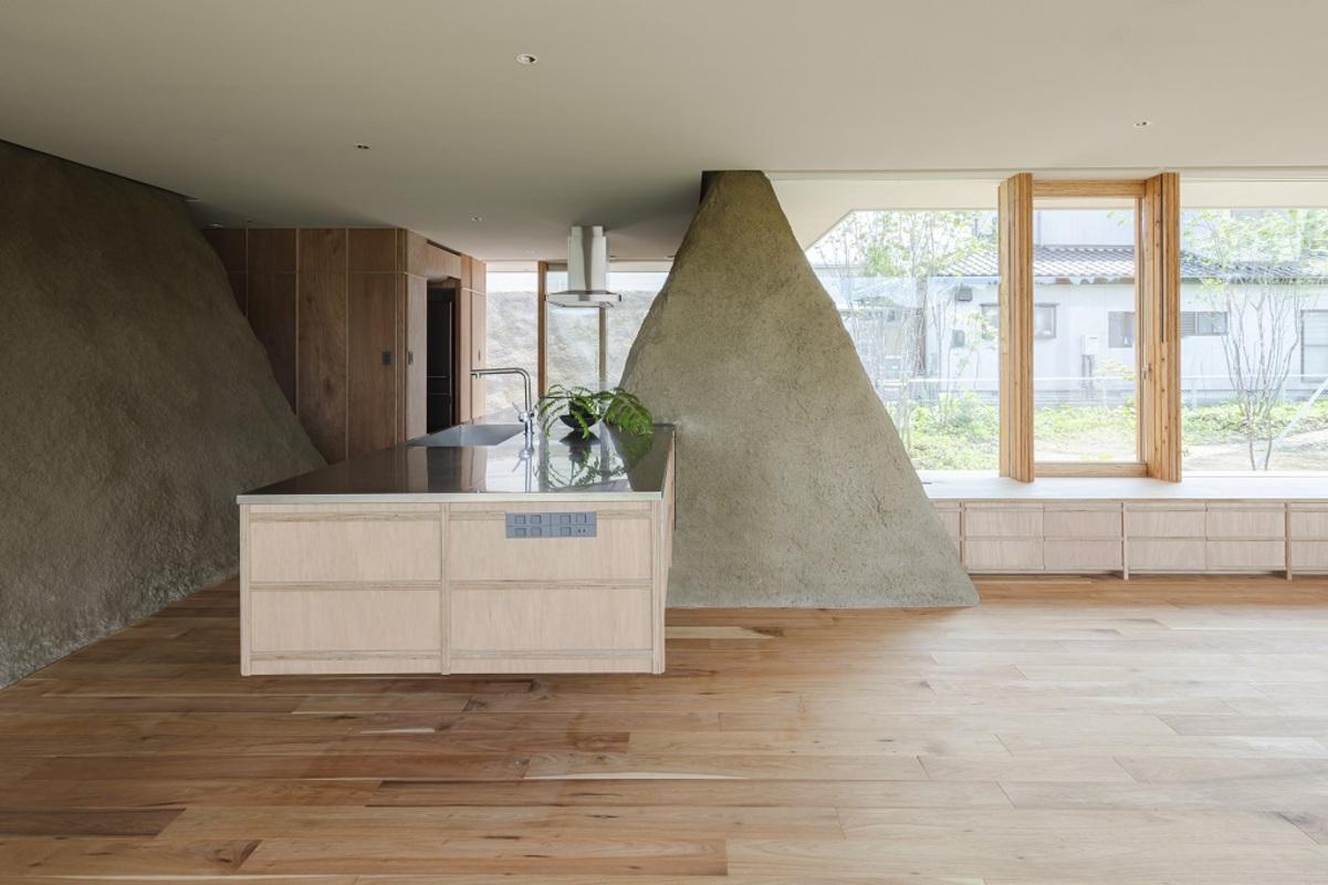 soil house 4
